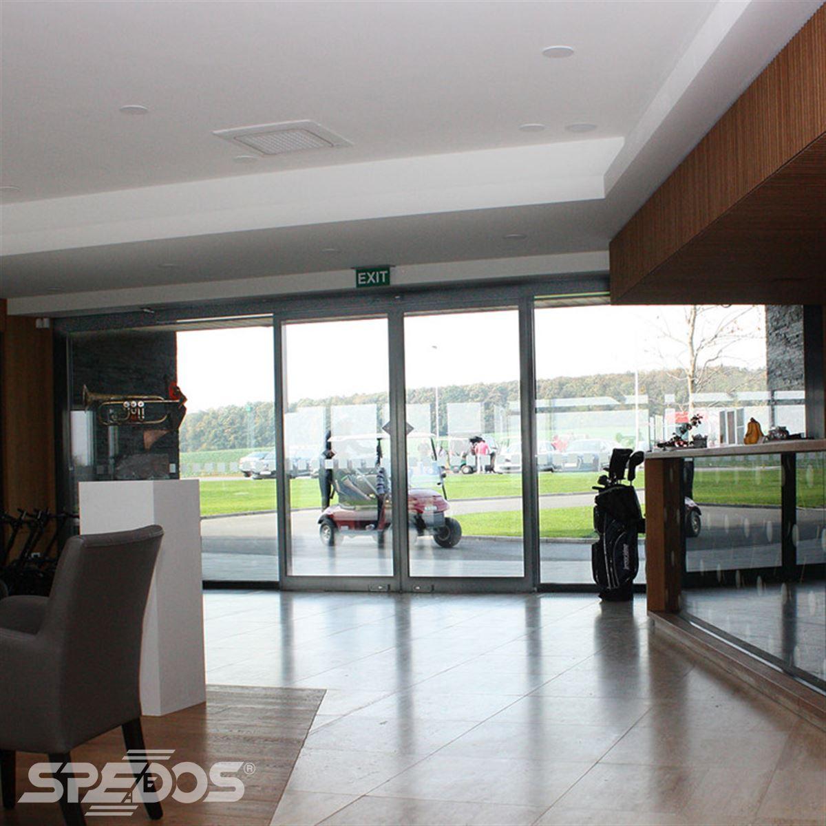 Automatické dveře pro golfový klub Nitra