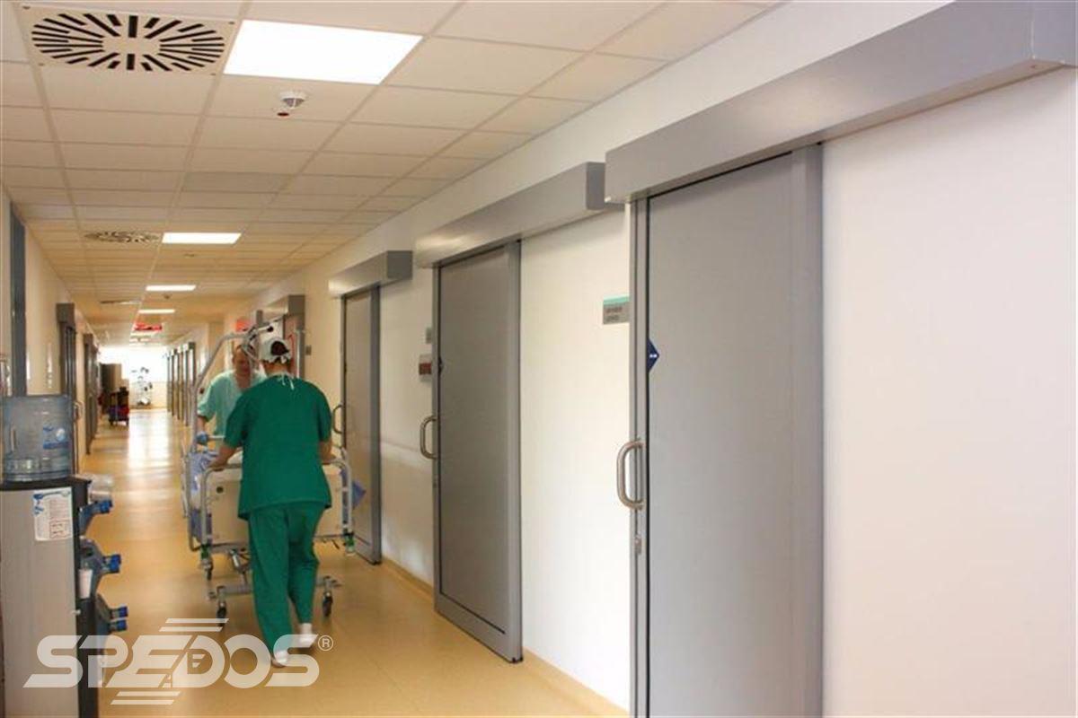 Automatické posuvné dveře pro nemocnici sv. Michala 10