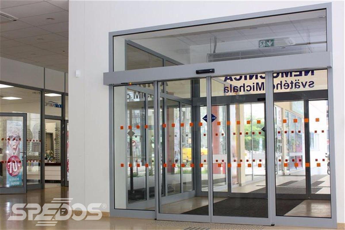 Automatické posuvné dveře pro nemocnici sv. Michala 4