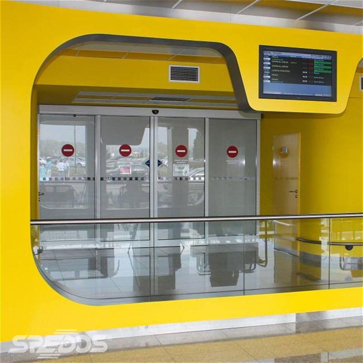 automatické dveře Spedos v prostorách letiště Brno 2