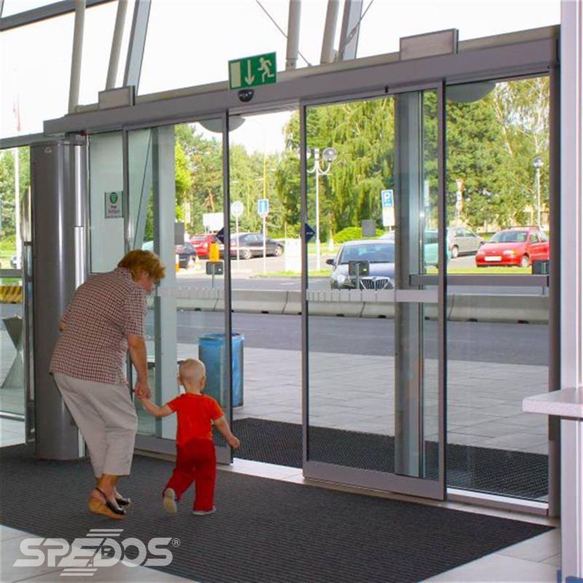 automatické letištní dveře Spedos