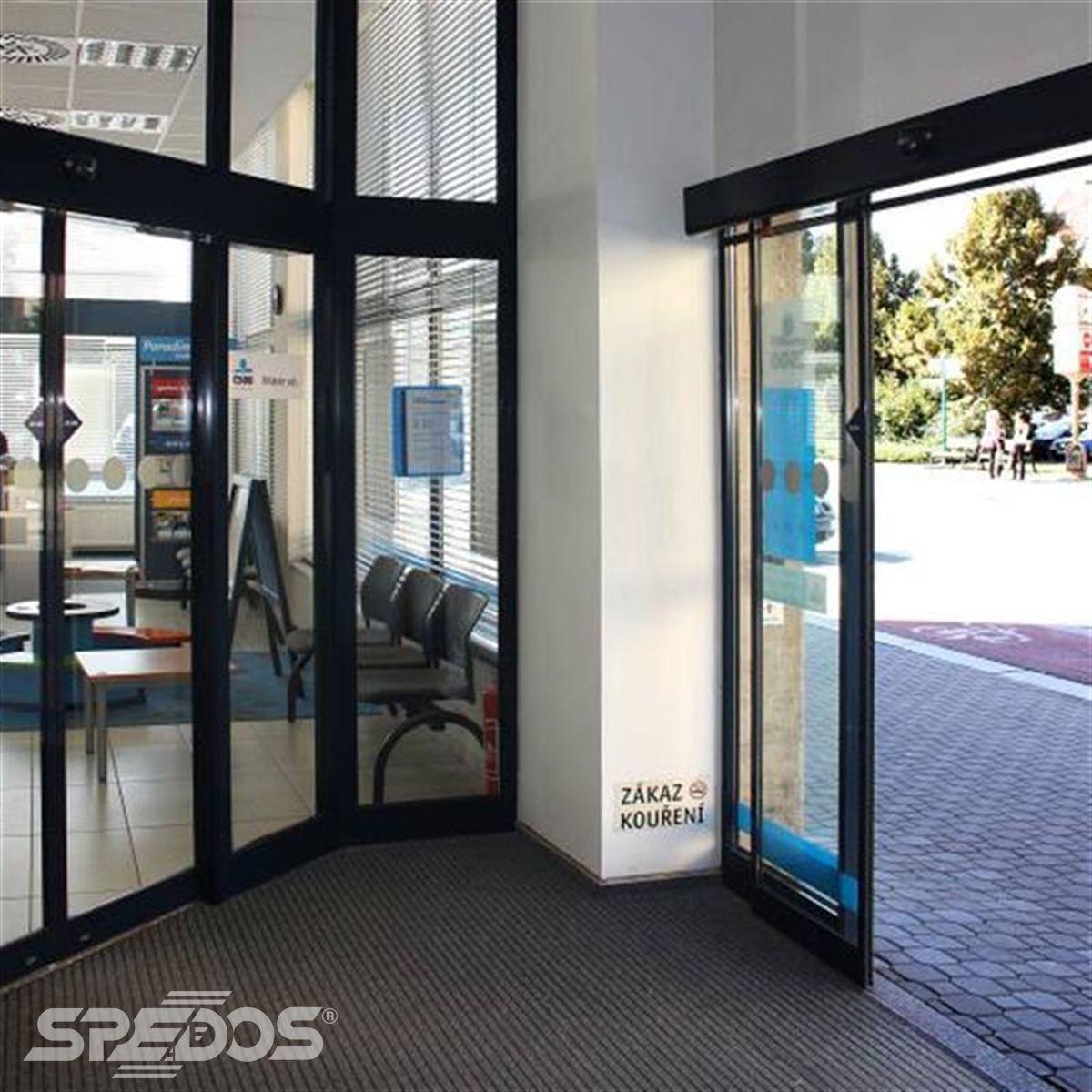Automatické dveře Spedos v zádveří