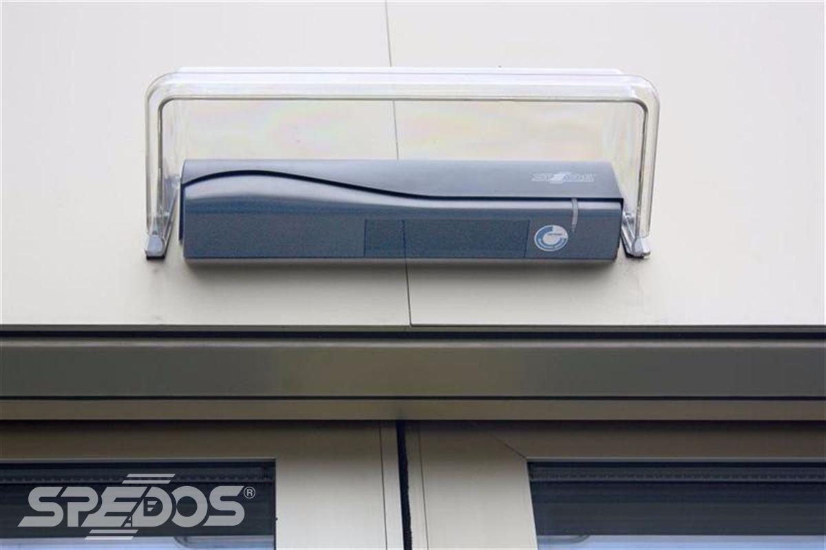 Automatické dveře pro Masarykovu univerzitu 1