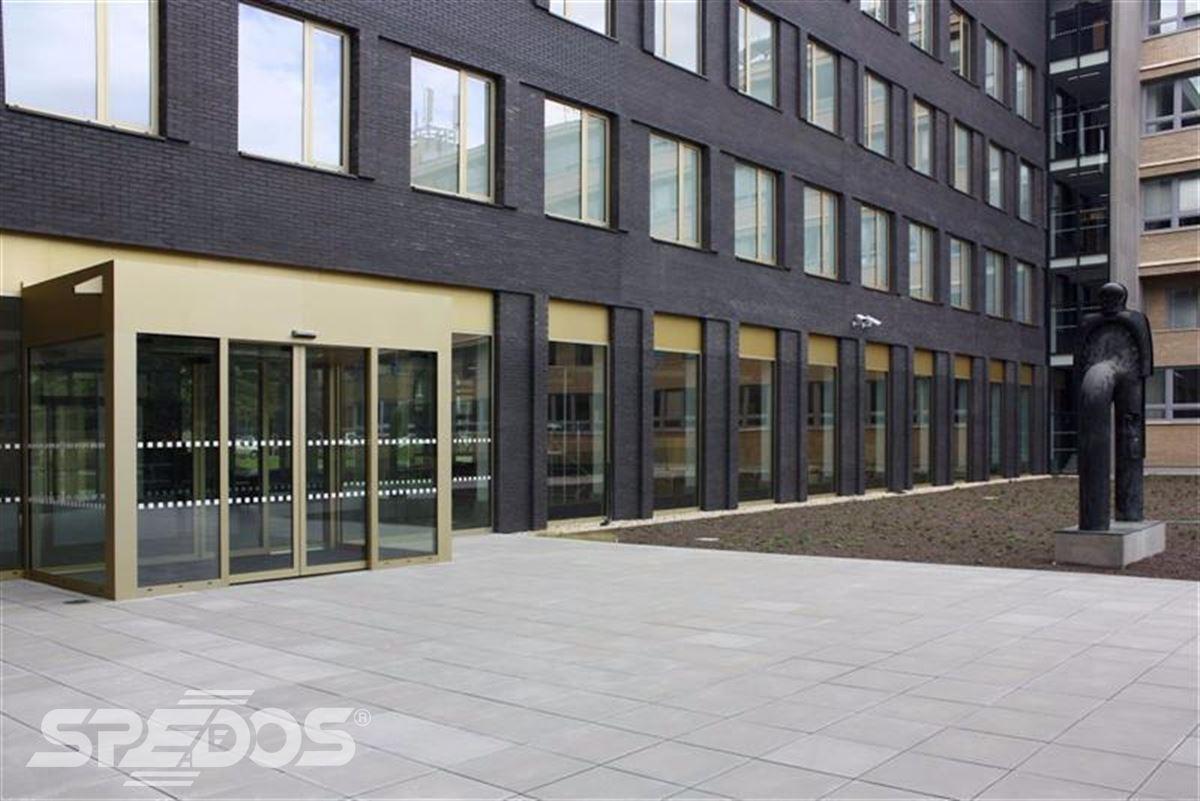 Automatické dveře pro Masarykovu univerzitu 2