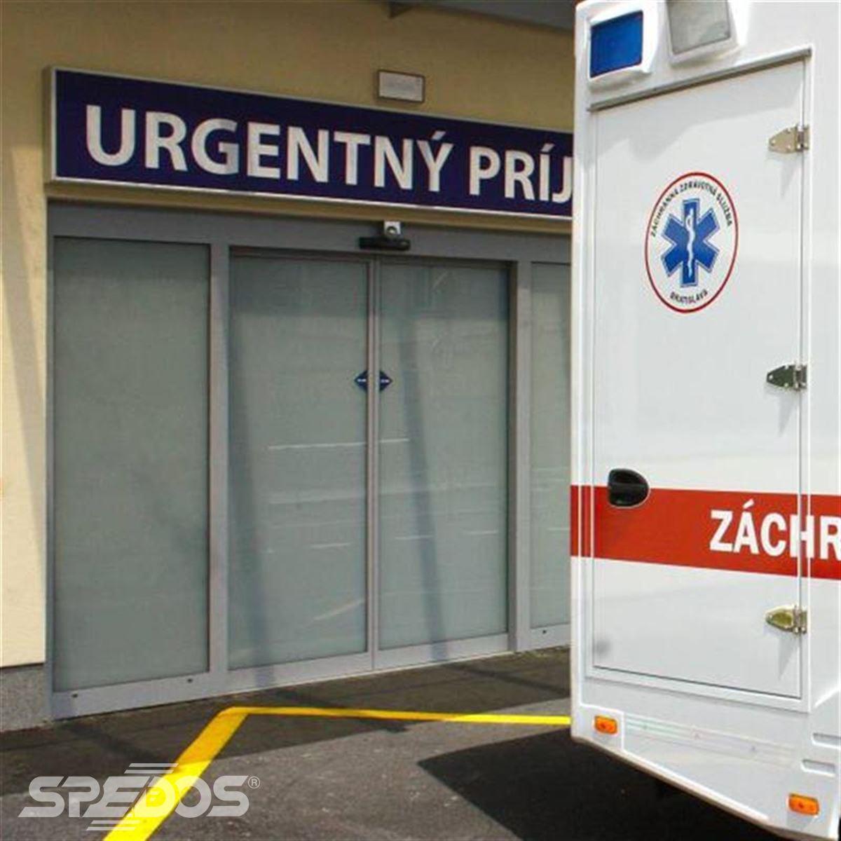 Dvoukřídlé automatické posuvné dveře pro nemocnici sv. Michala 1