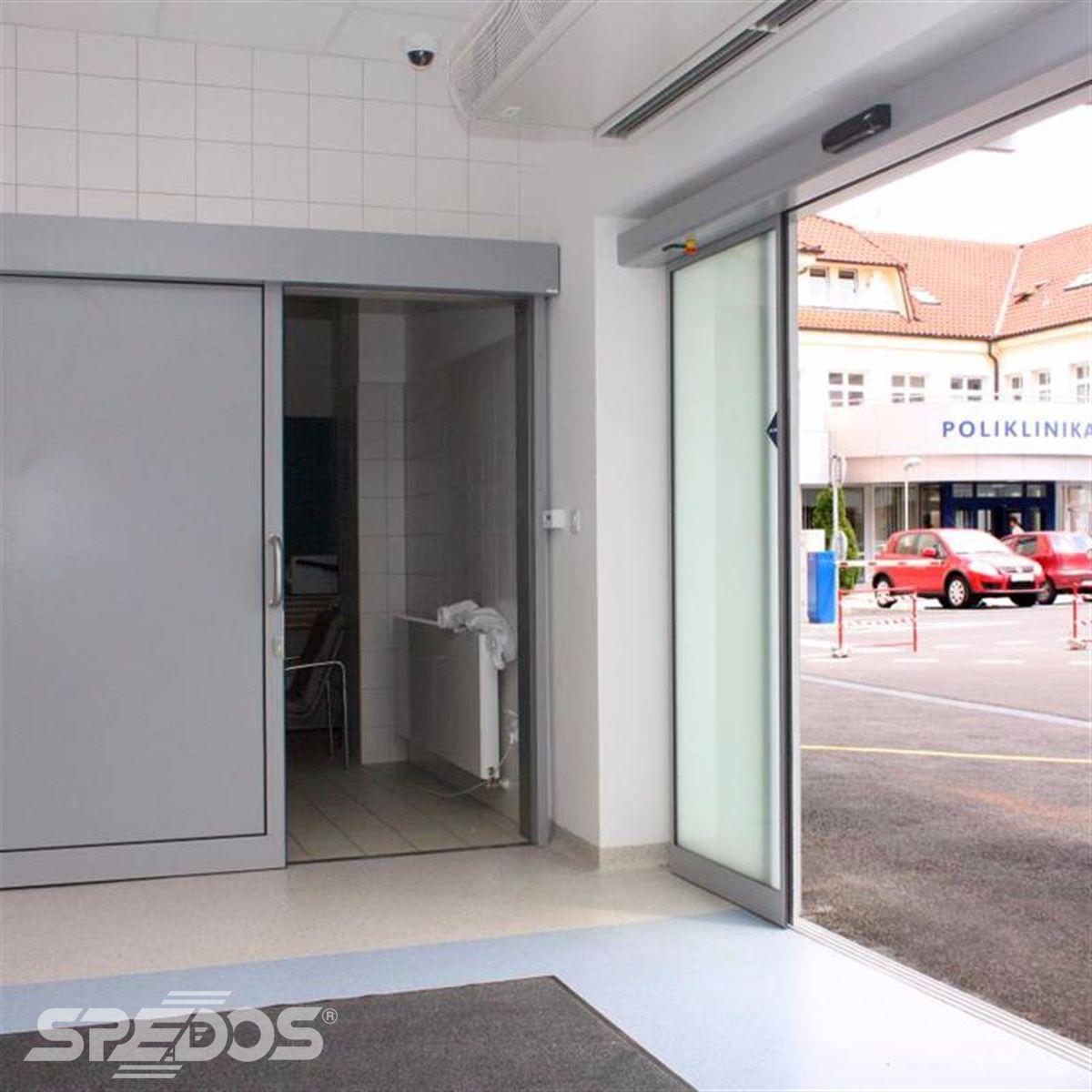 Jednokřídlé automatické posuvné dveře pro nemocnici sv. Michala 6