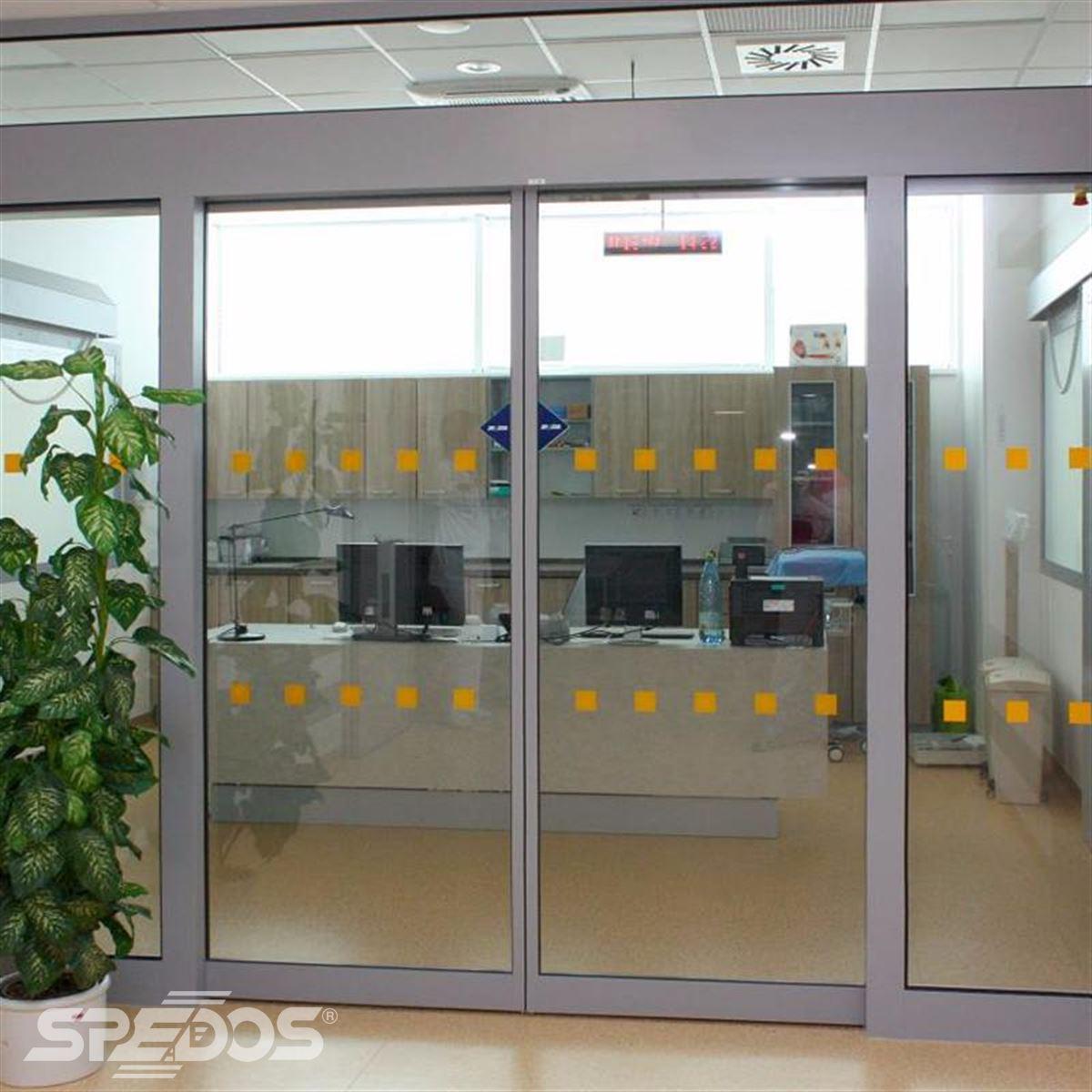 Dvoukřídlé automatické posuvné dveře pro nemocnici sv. Michala 10