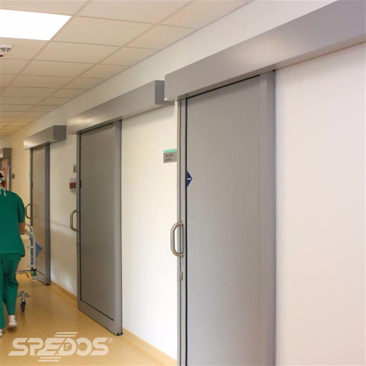 Jednokřídlé automatické posuvné dveře pro nemocnici sv. Michala 8