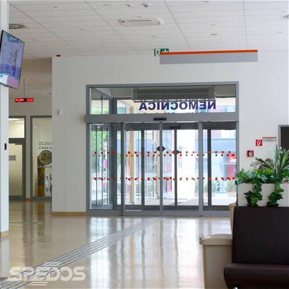 Dvoukřídlé automatické posuvné dveře pro nemocnici sv. Michala 2