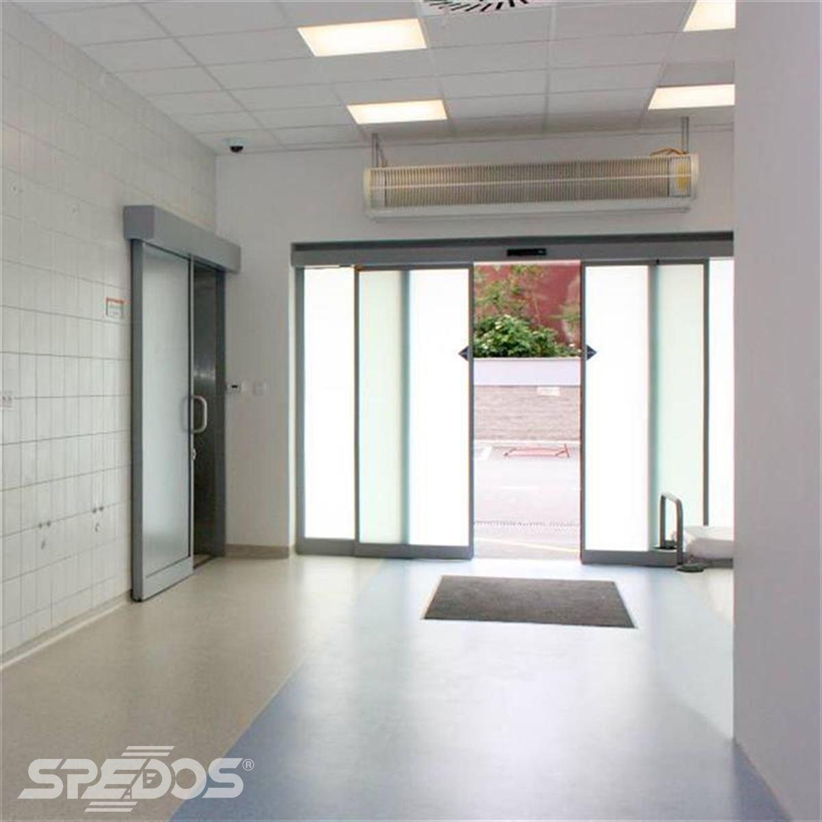 Dvoukřídlé automatické posuvné dveře pro nemocnici sv. Michala 4