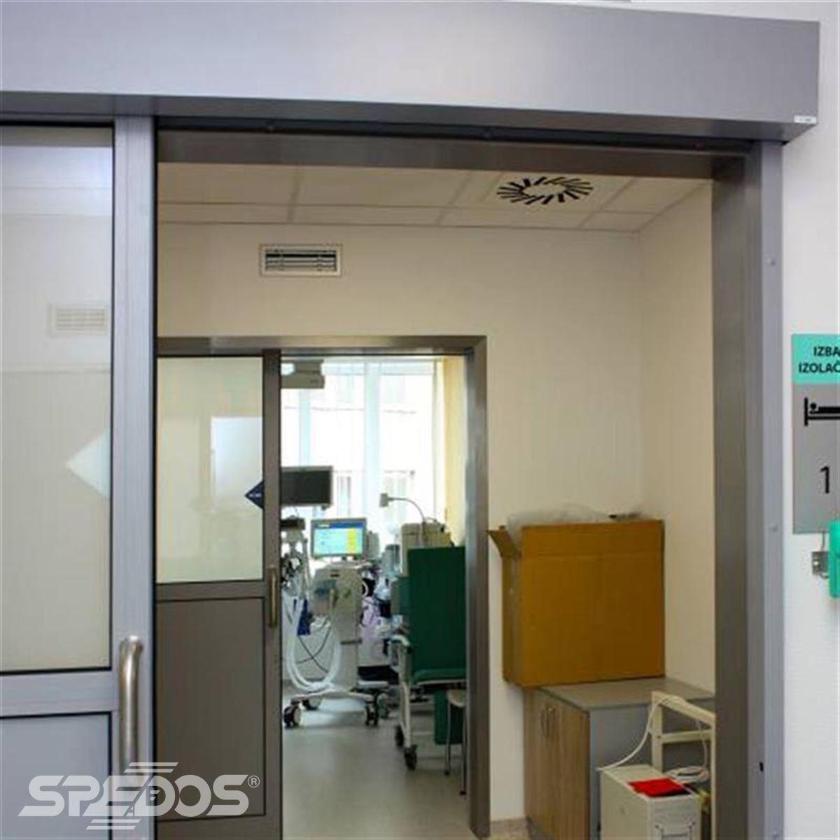 Jednokřídlé automatické posuvné dveře pro nemocnici sv. Michala 3