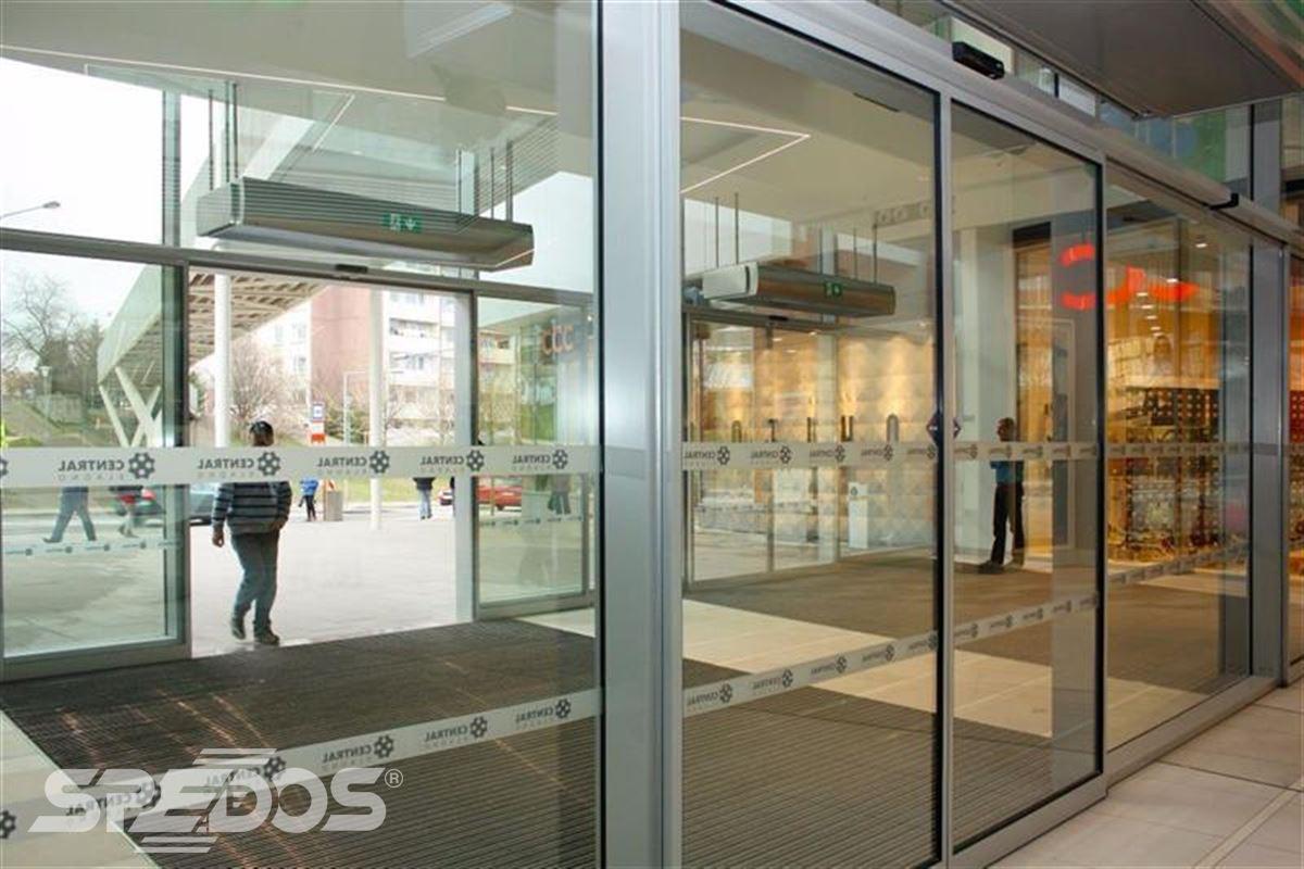 automatické posuvné dveře pro obchodní centrum CENTRAL Kladno