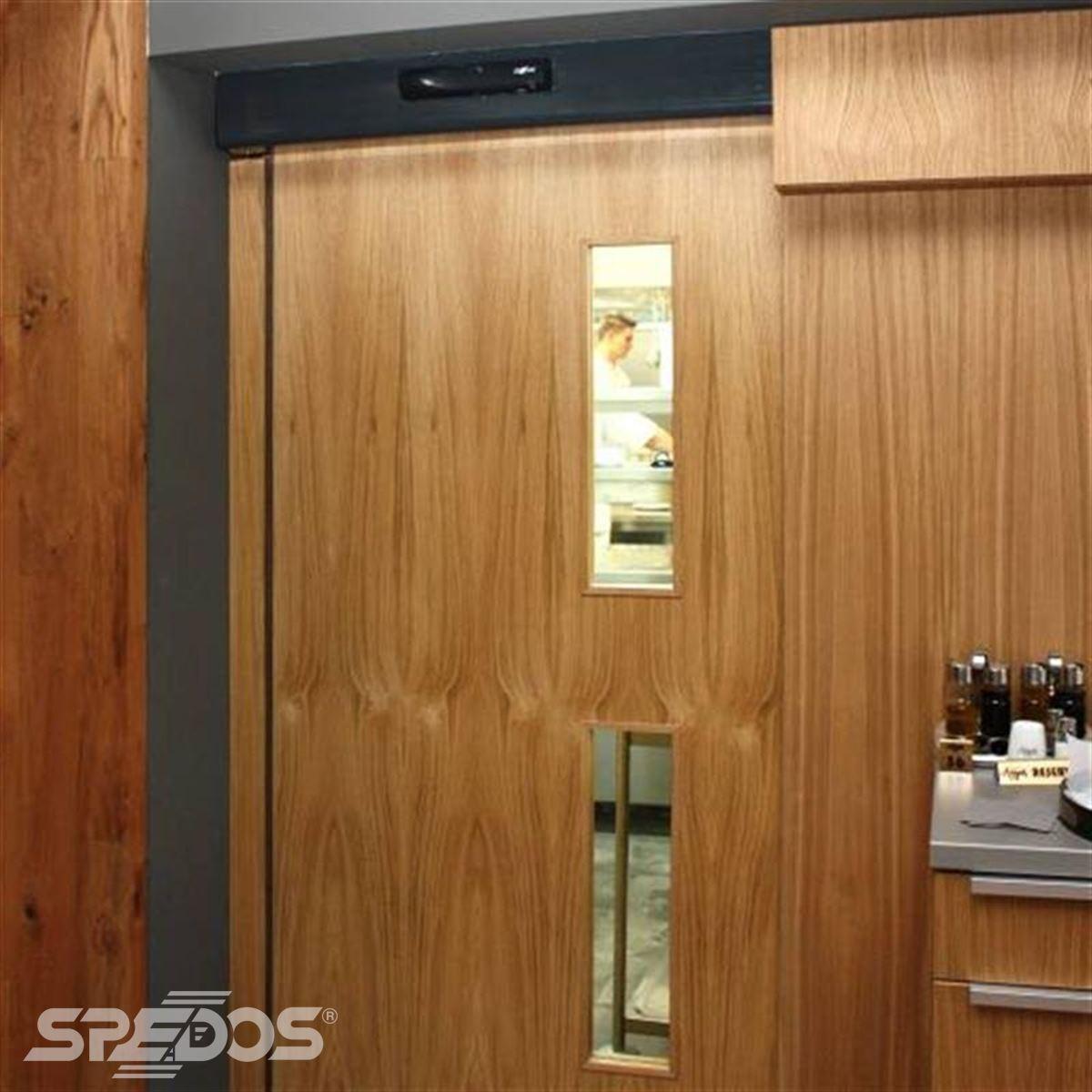 dřevěné automatické posuvné dveře 2