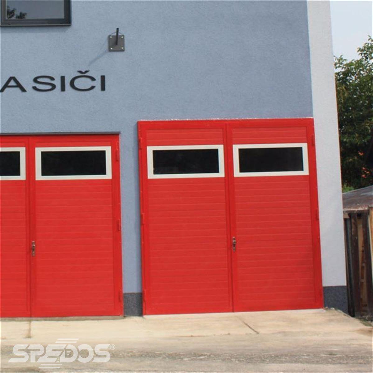 dvoukřídlá garážová vrata Spedos