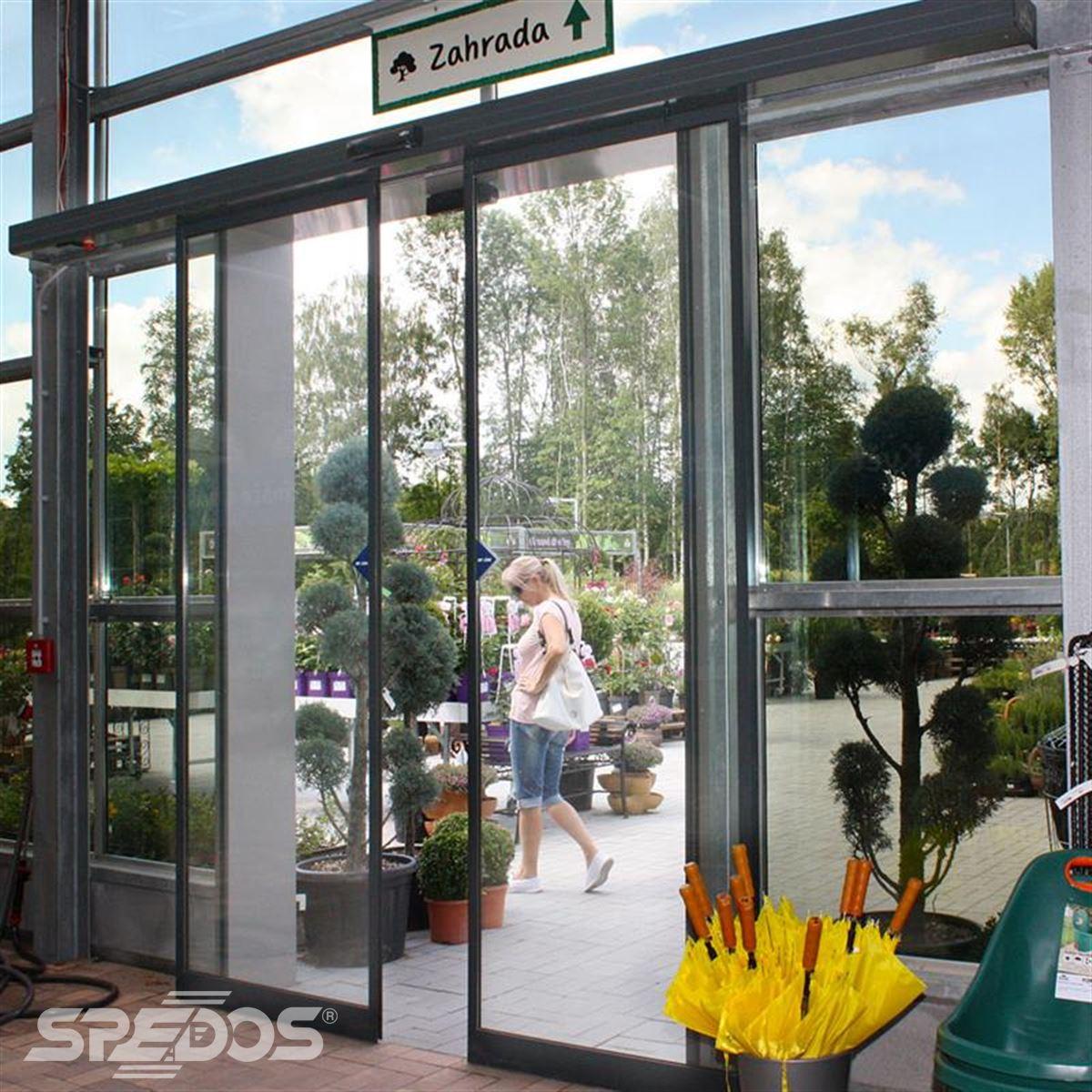hliníkové prosklené konstrukce pro zahradní centrum 5