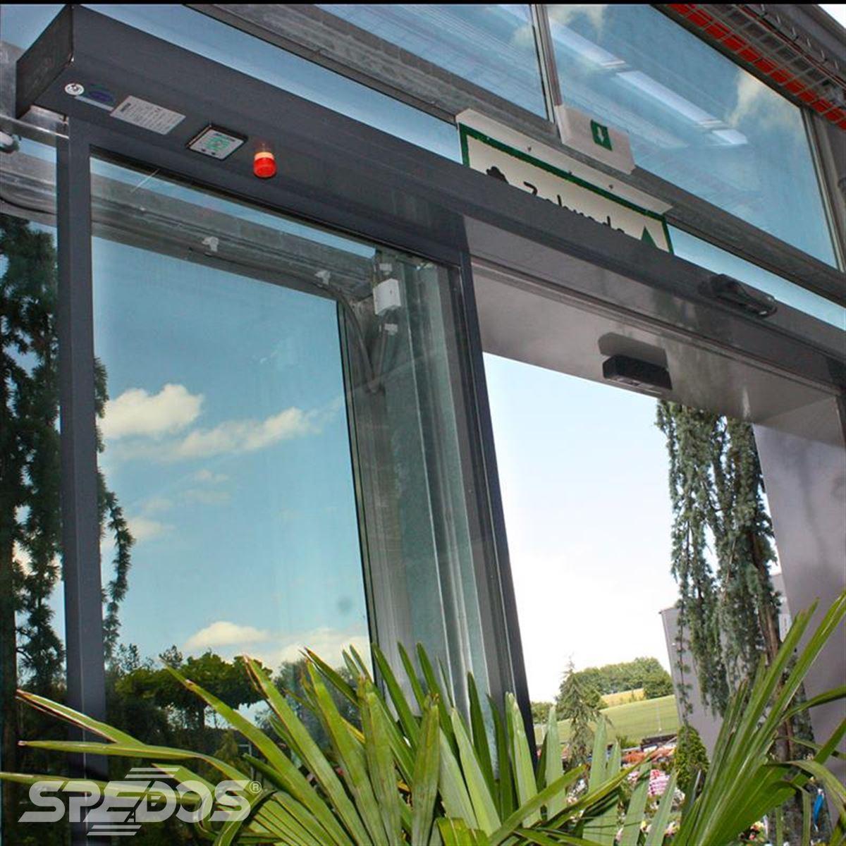 hliníkové prosklené konstrukce pro zahradní centrum 6