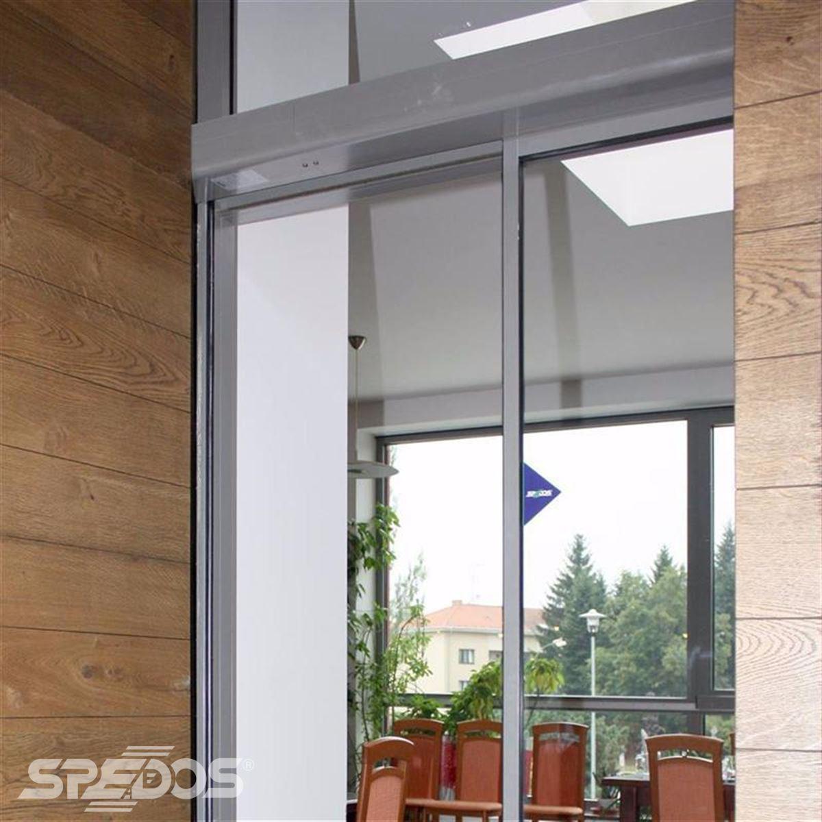 Jednokřídlé automatické dveře české výroby Spedos