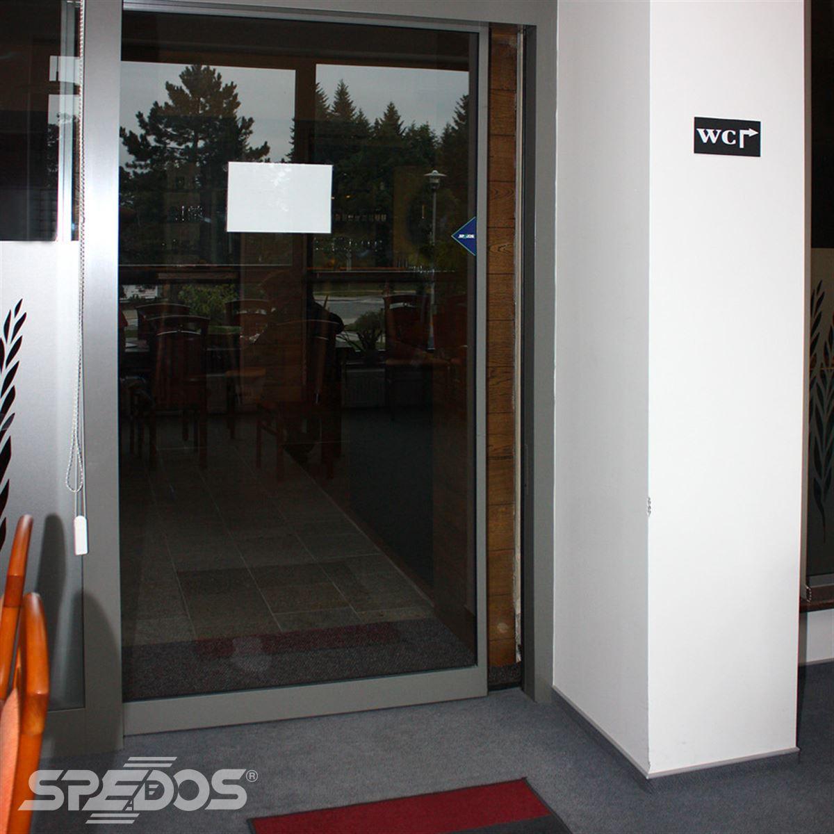 Automatické dveře jednokřídlé s automatizací