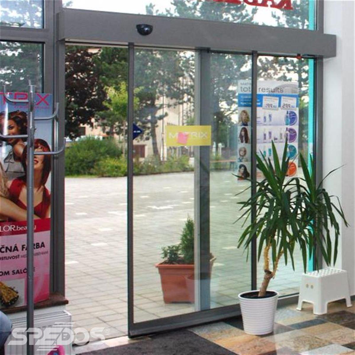 Jednokřídlé dveře s elektropohonem