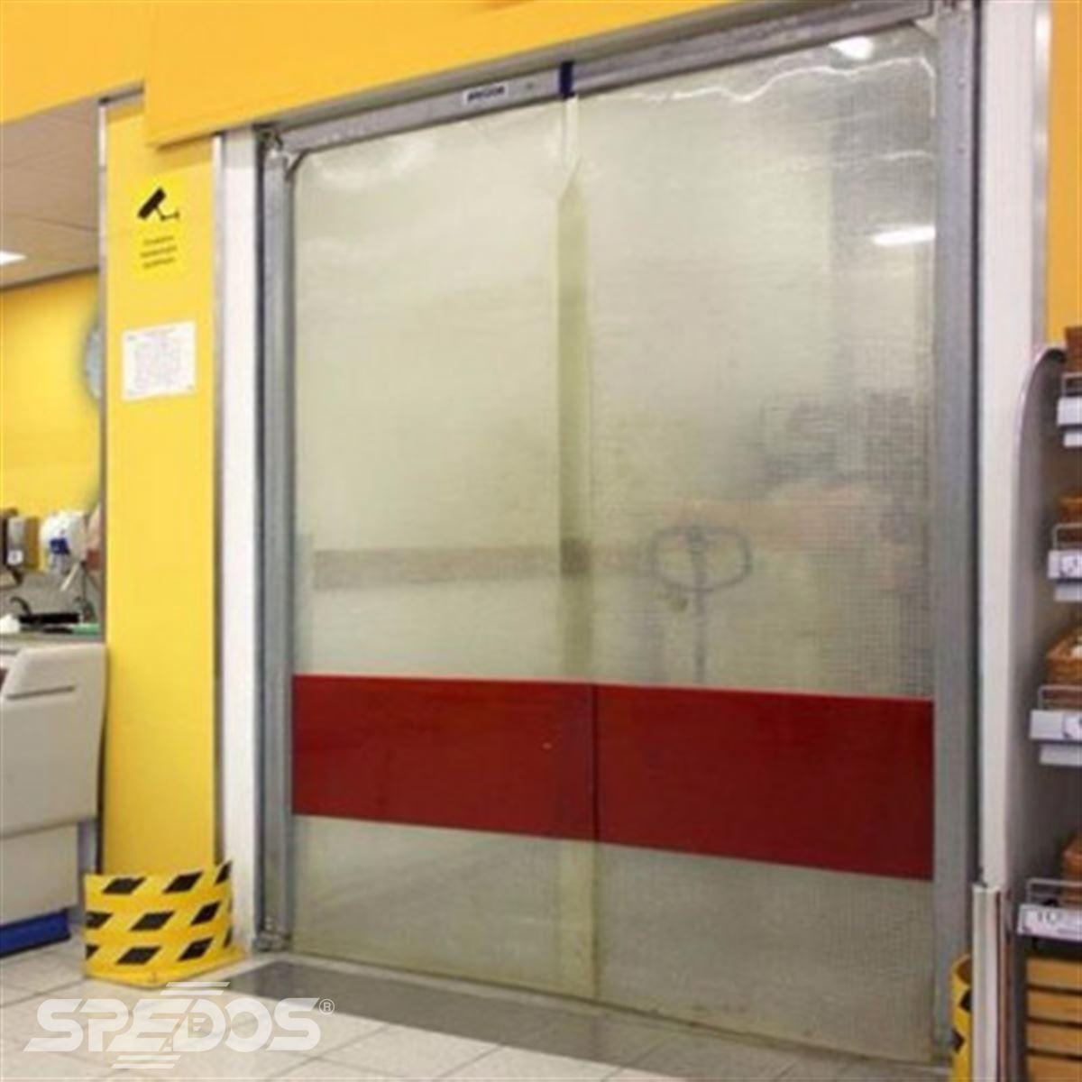 kyvná vrata z PVC