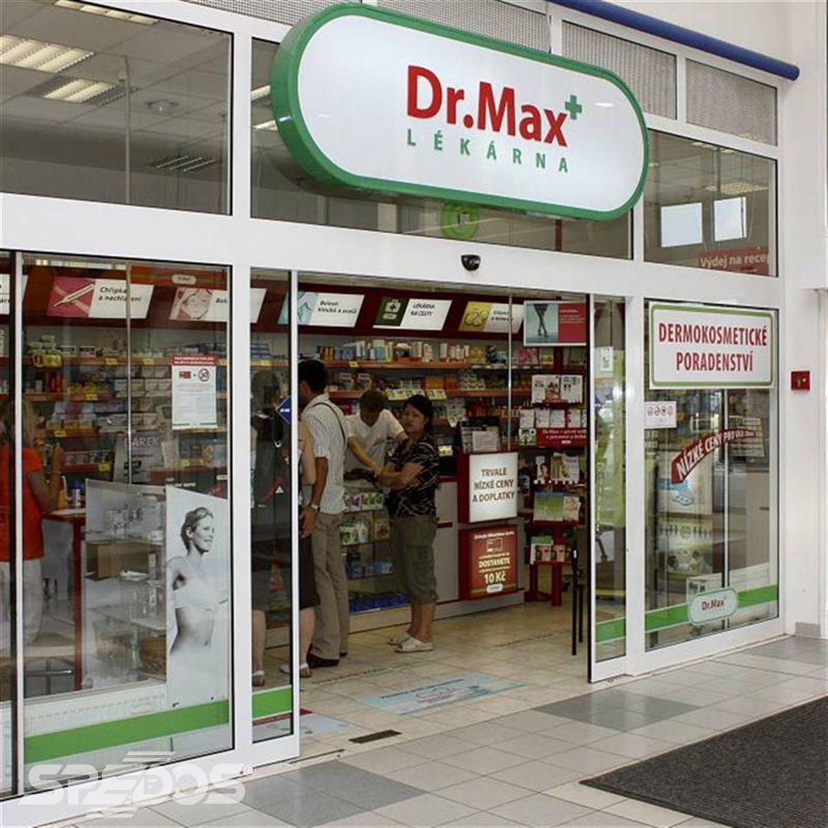 lékárna v obchodní galerii
