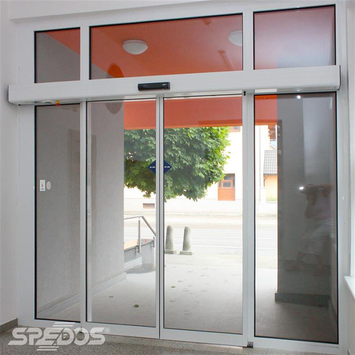 Automatické posuvní dveře pro Obecní úřad dolní Bečva