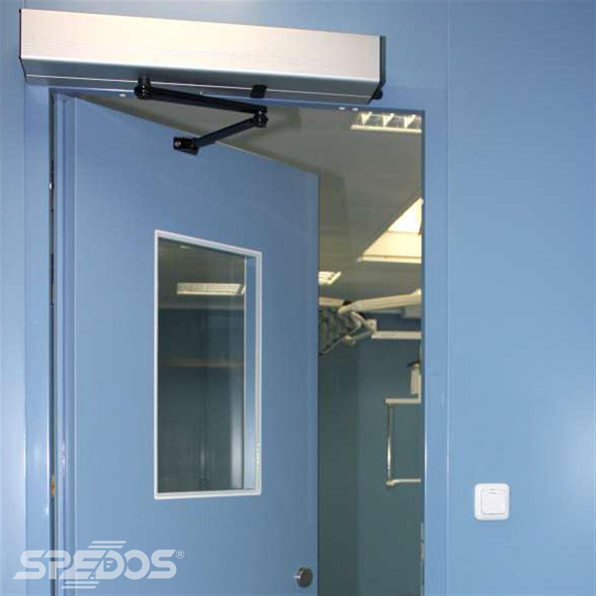 Automatizace otočných dveří