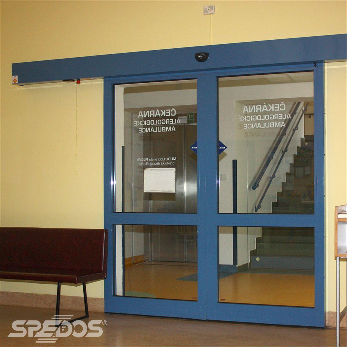 Posuvné automatické dveře s dvěma křídly