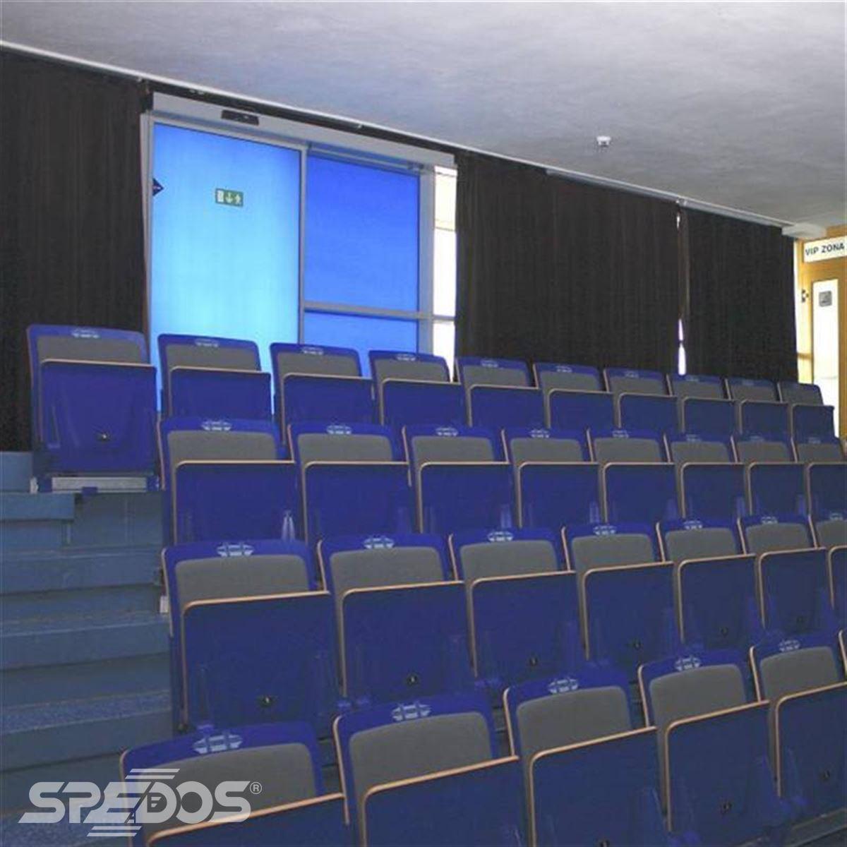 posuvné dveře Spedos s modrou fólií 6