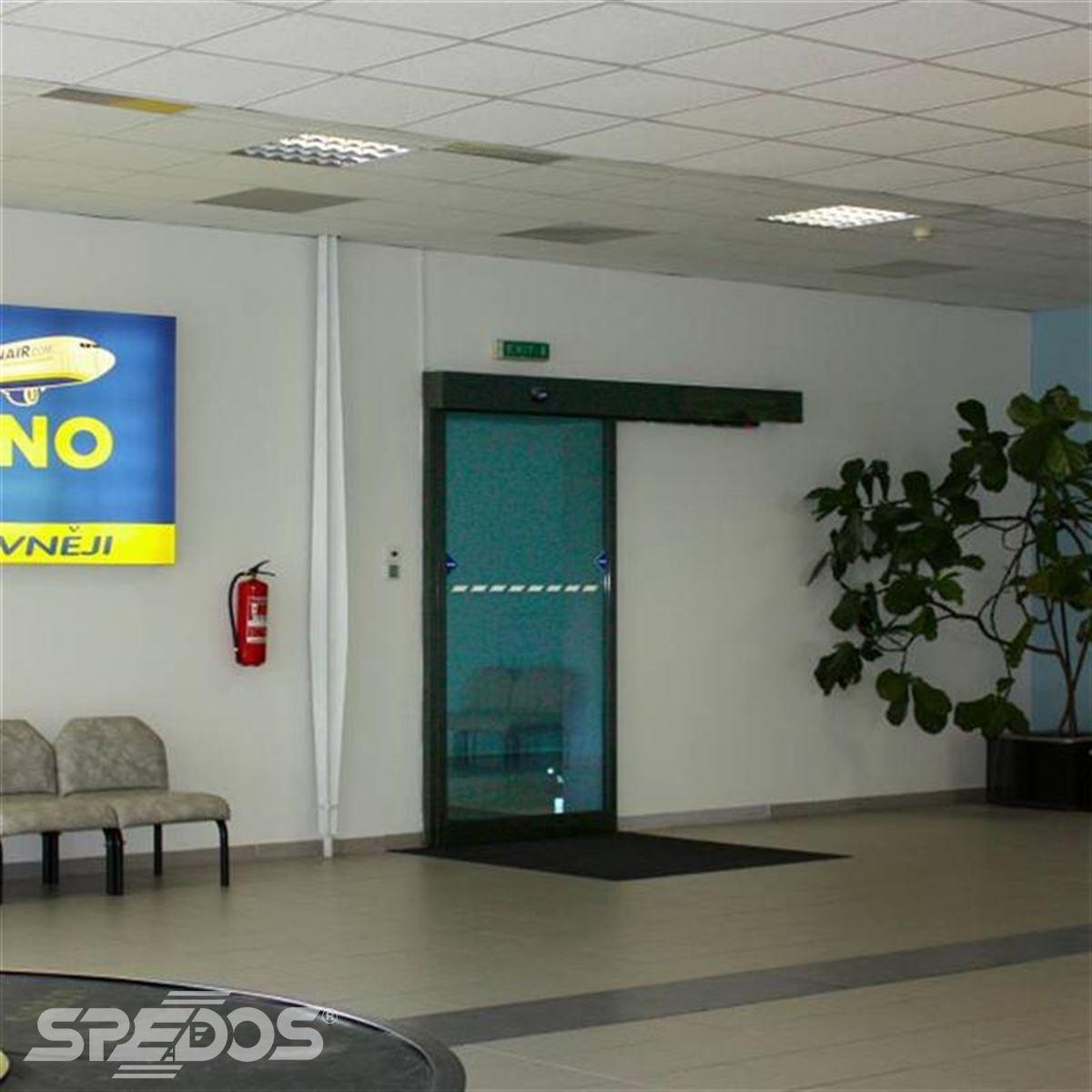 posuvné letištní dveře Spedos