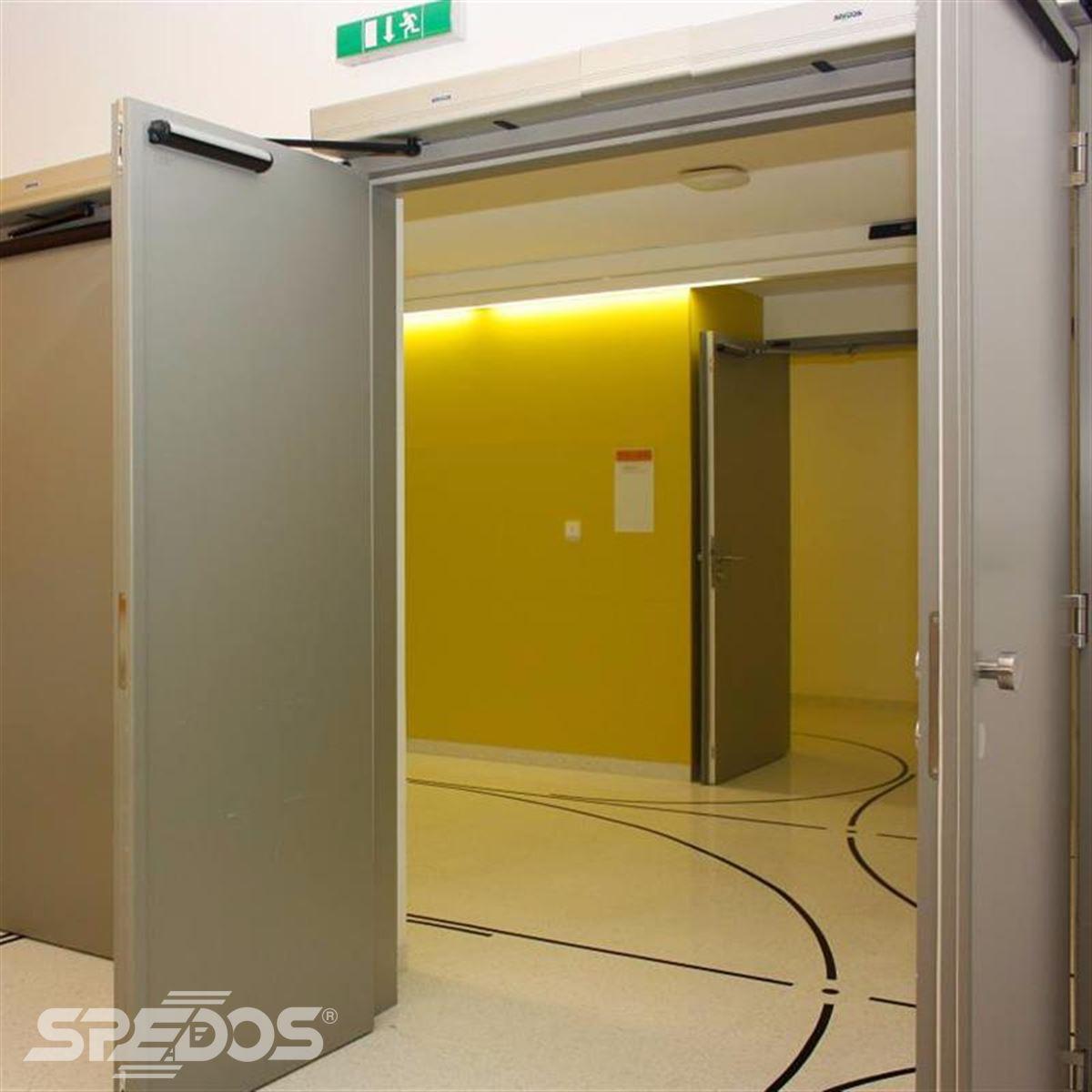 Dvoukřídlé otočné dveře s automizací