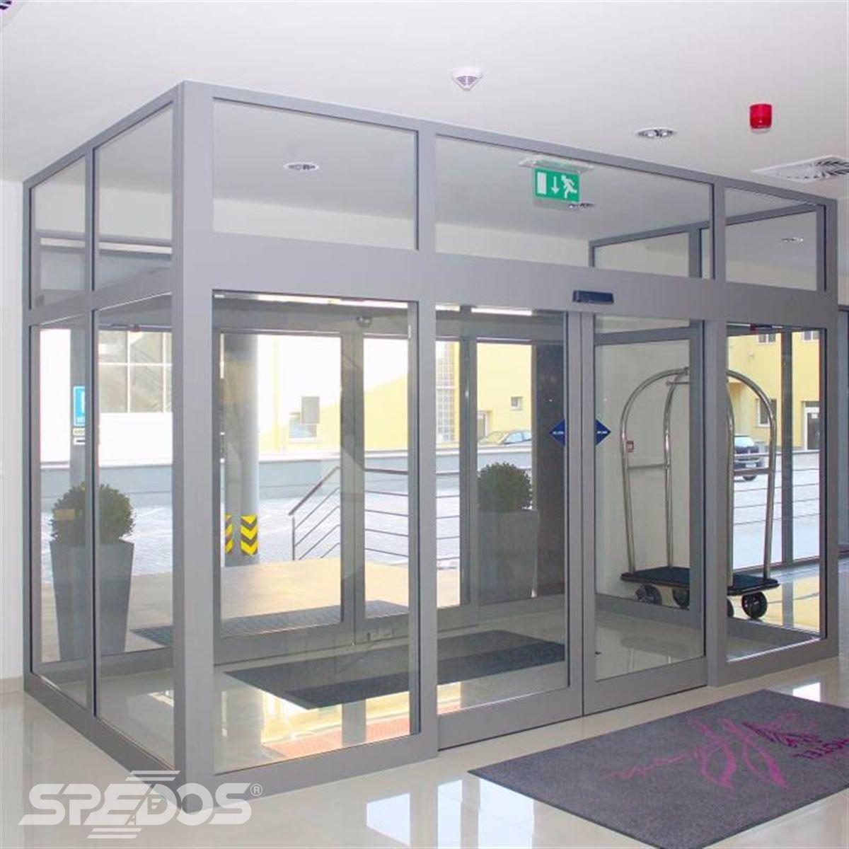 protipožární dvere pro hotel Saffron