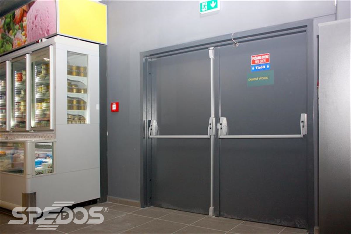 protipožární dveře otevíravé ocelové