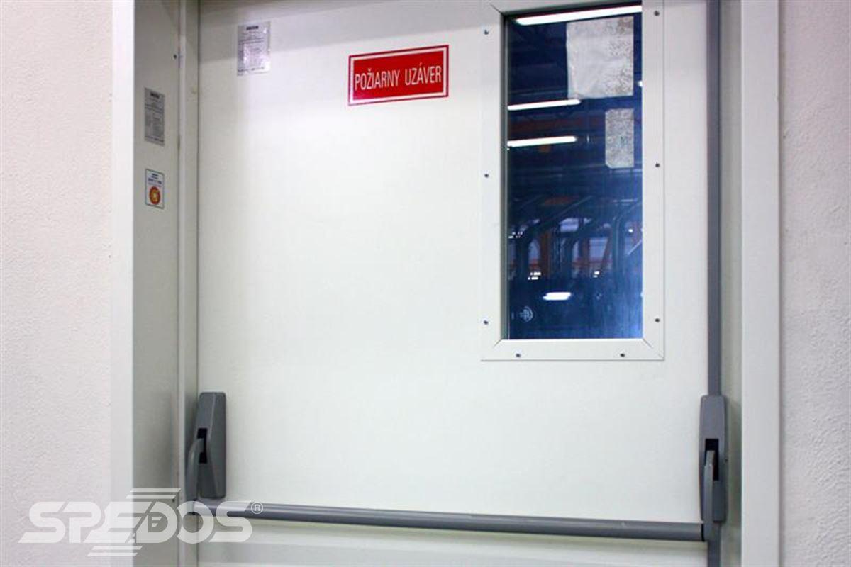protipožární otevíravé dveře pro maximální bezpečí