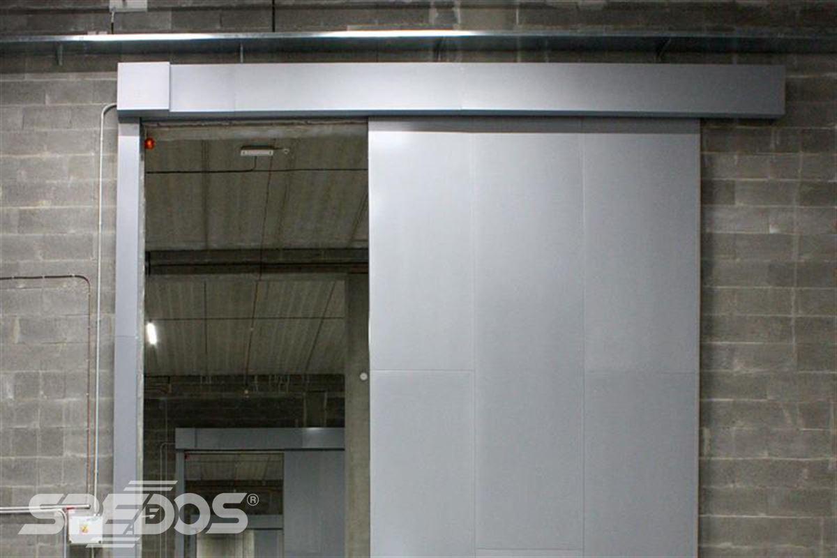 protipožární posuvné vrata otevřená