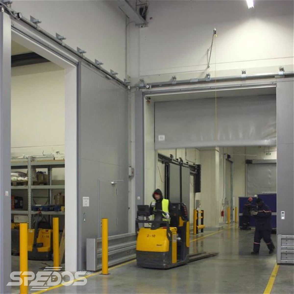 reference na protipožární posuvné vrata pro logistické centrum 3