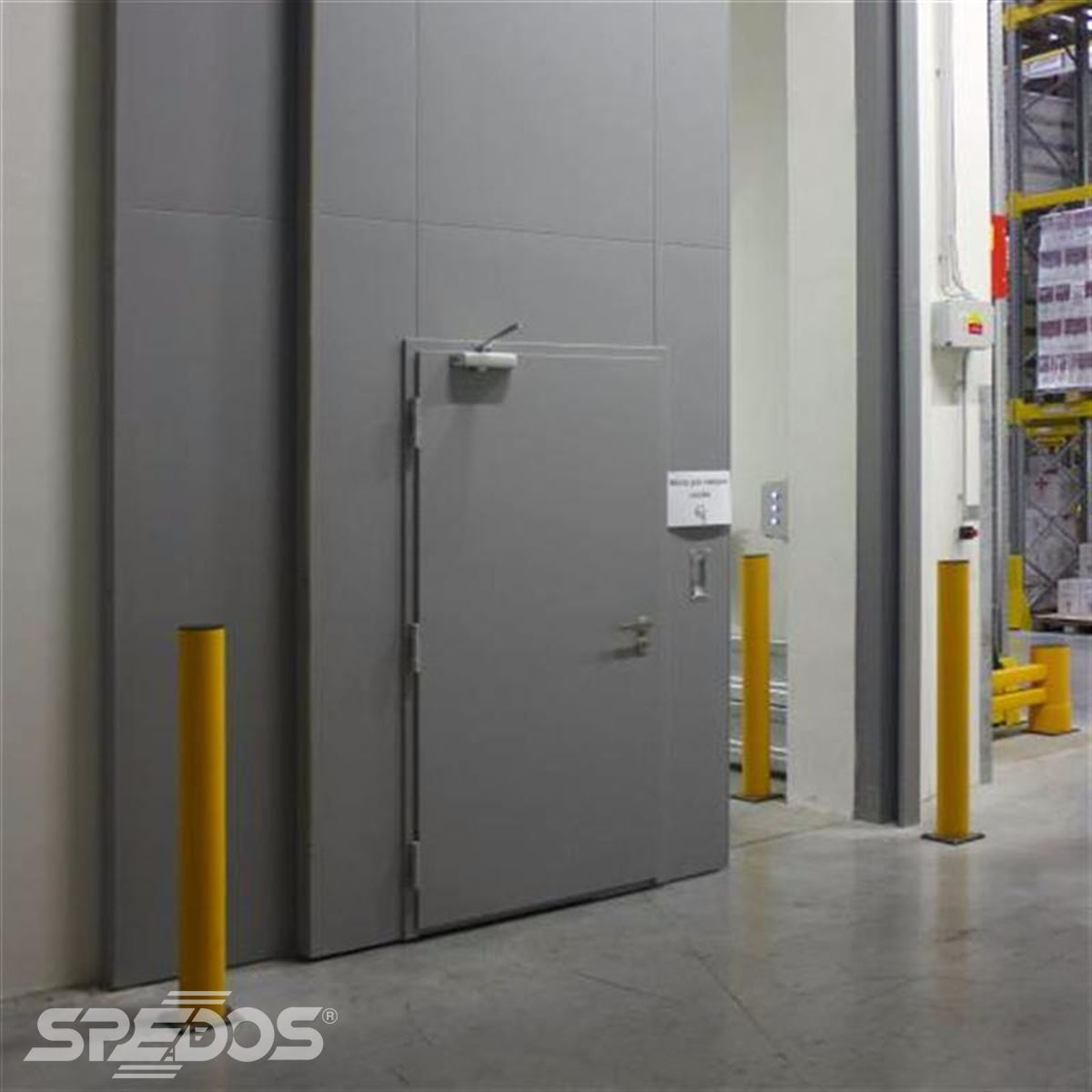 reference na protipožární posuvné vrata pro logistické centrum 5