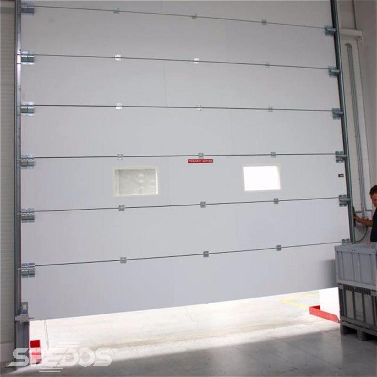 Protipožární sekční vrata