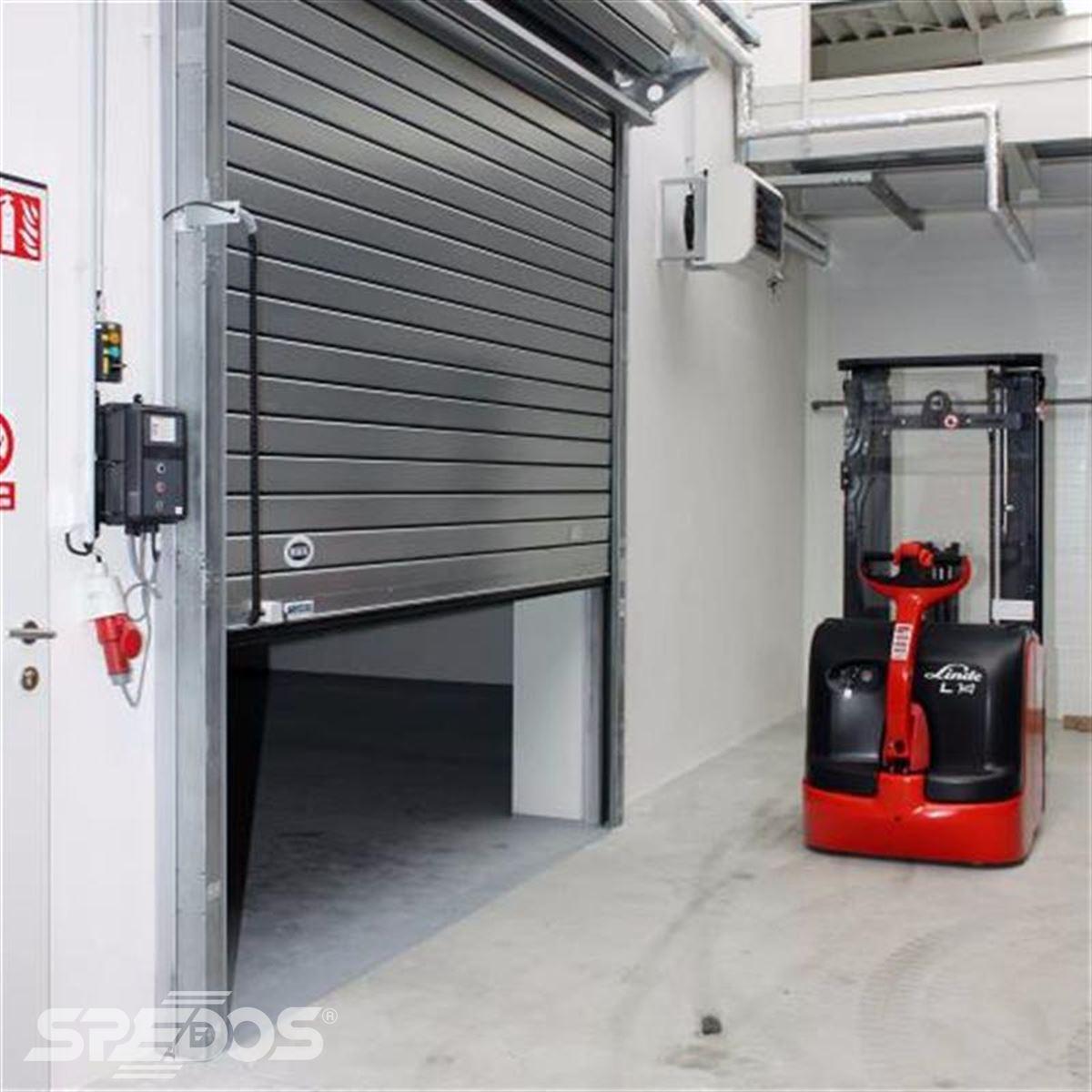Průmyslová rolovací vrata reference 5M