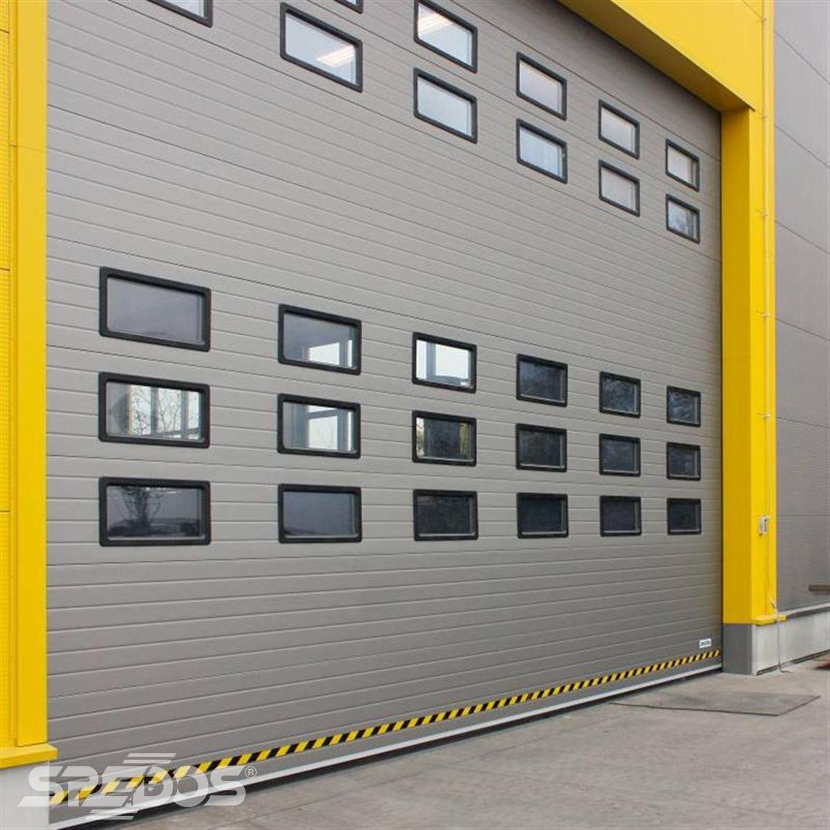 Průmyslová sekční garážová vrata bez dveří