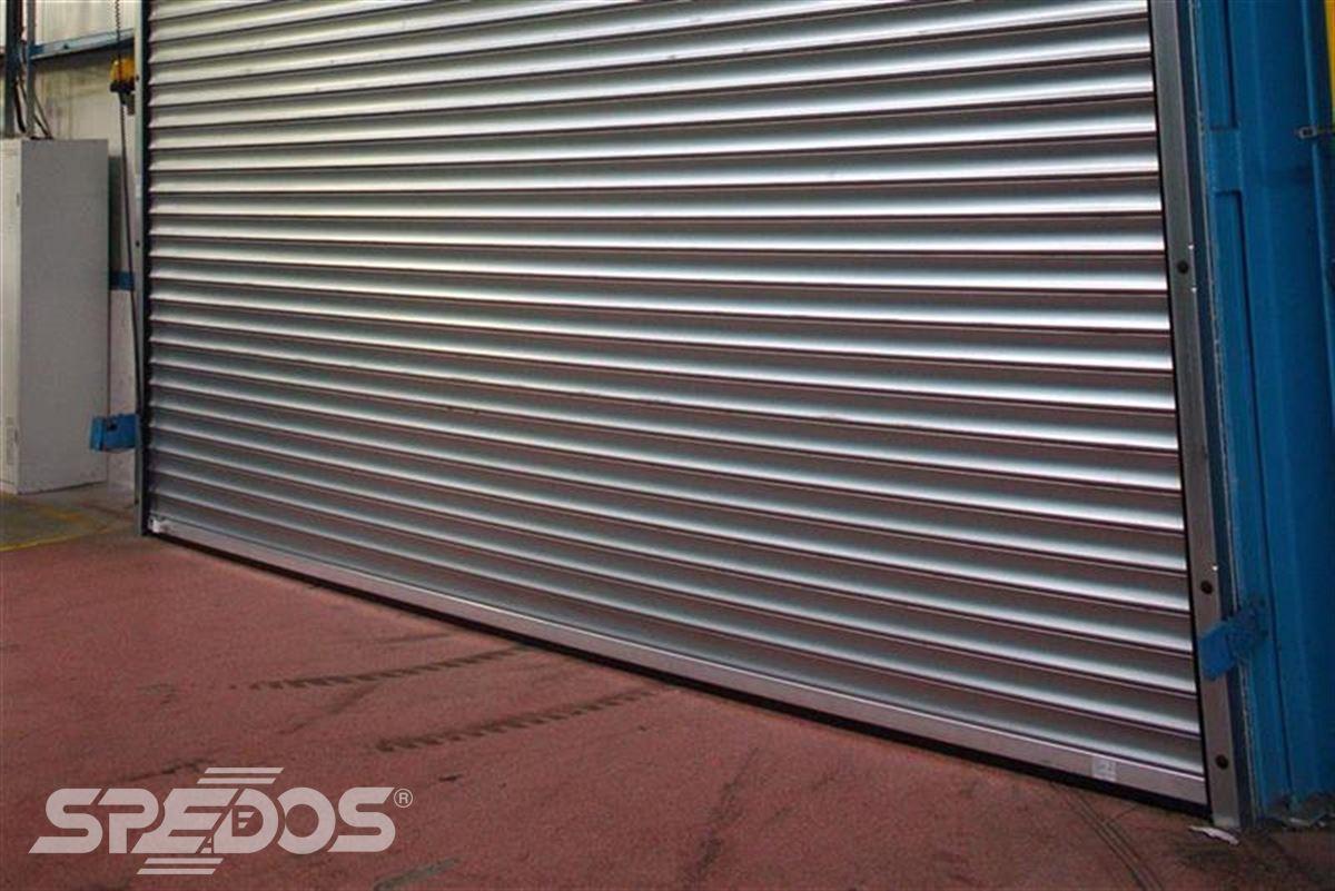průmyslové rolovací vrata stříbrné