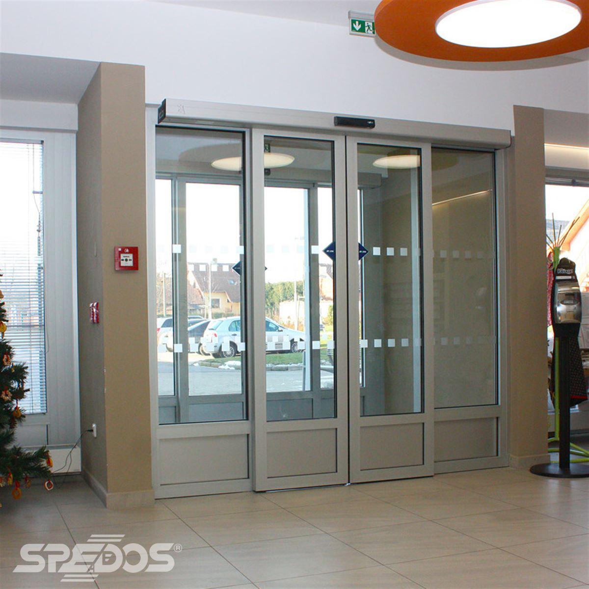 Posuvné automatické dveře dvoukřídlé 3