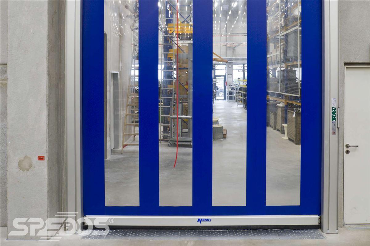 rychlonavíjecí vrata modrá