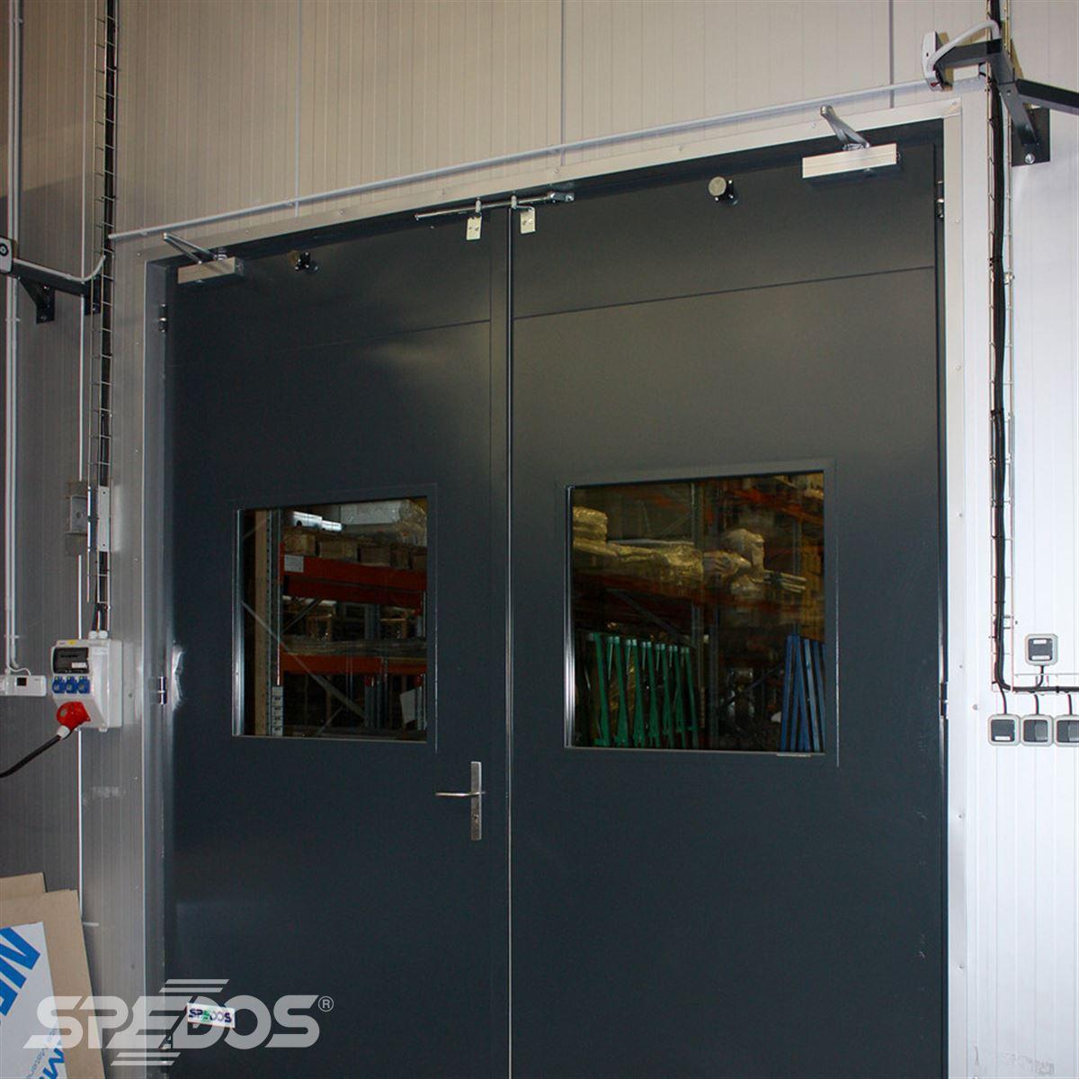 Ocelové protipožární dveře DP1