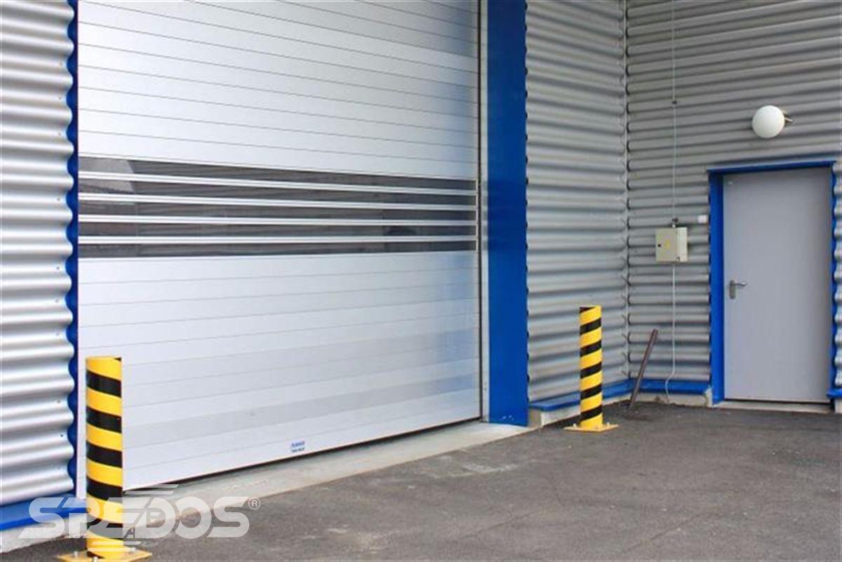 Průmyslová sekční a rychloběžná vrata pro Dymos 12