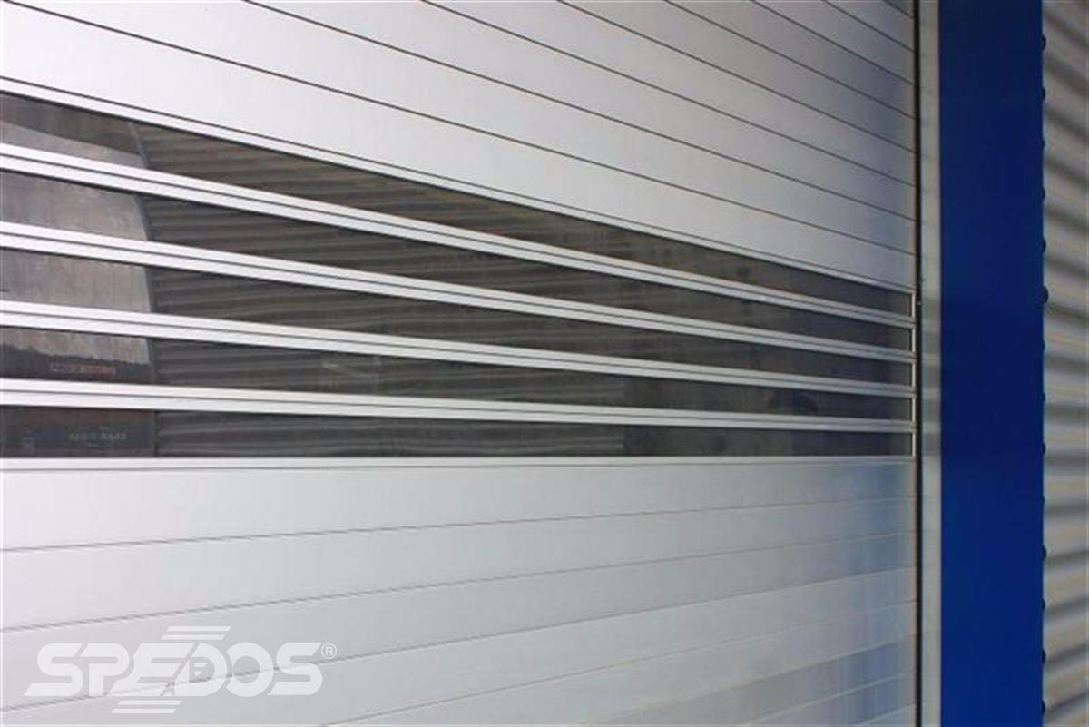 Průmyslová sekční a rychloběžná vrata pro Dymos 13