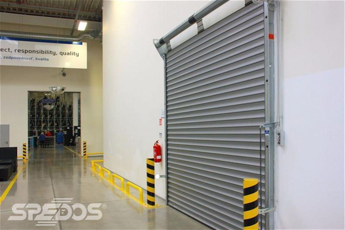 Průmyslová sekční a rychloběžná vrata pro Dymos 14