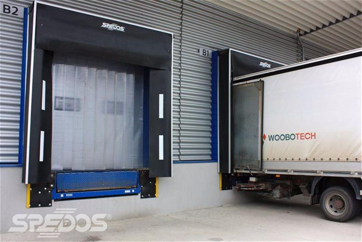 Průmyslová sekční a rychloběžná vrata pro Dymos 9